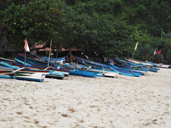 Perahu nelayan di Pantai Siung || Dok. Pribadi